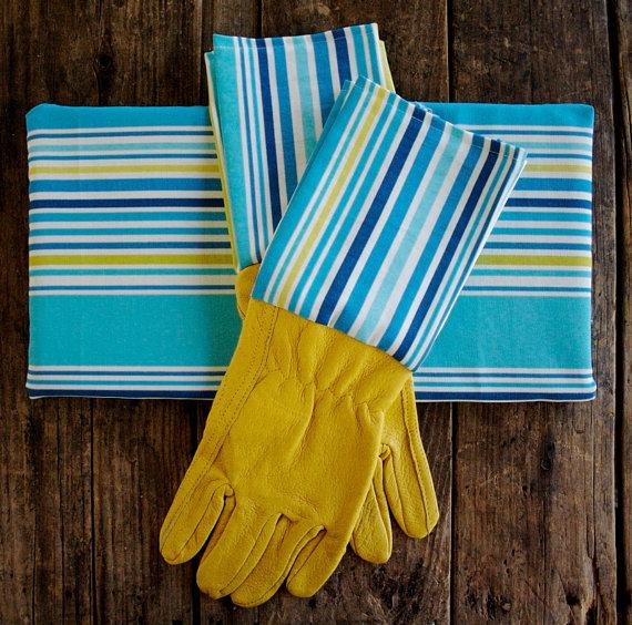 kit poggia ginocchia e guanti