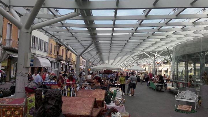 Mercato vintage Piazza Ghiaia