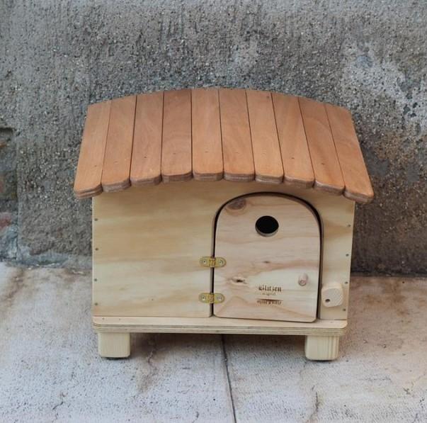 Cuccia per gatti e cani da interno ed esterno in legno - Porta per gatti ...