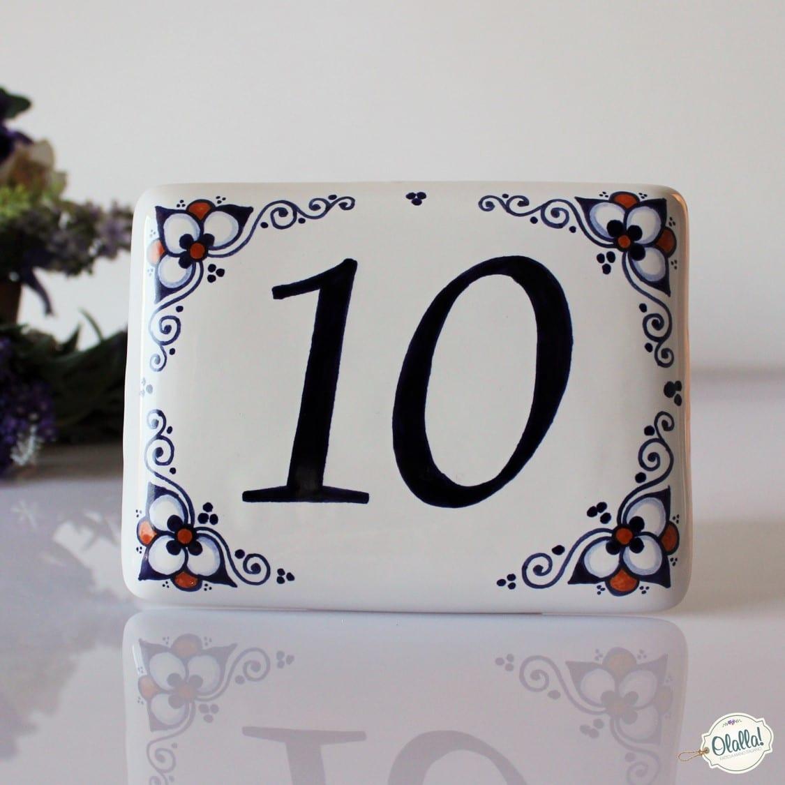 Numeri Civici In Ceramica.Numero Civico In Ceramica Dipinto A Mano Personalizzabile Olalla