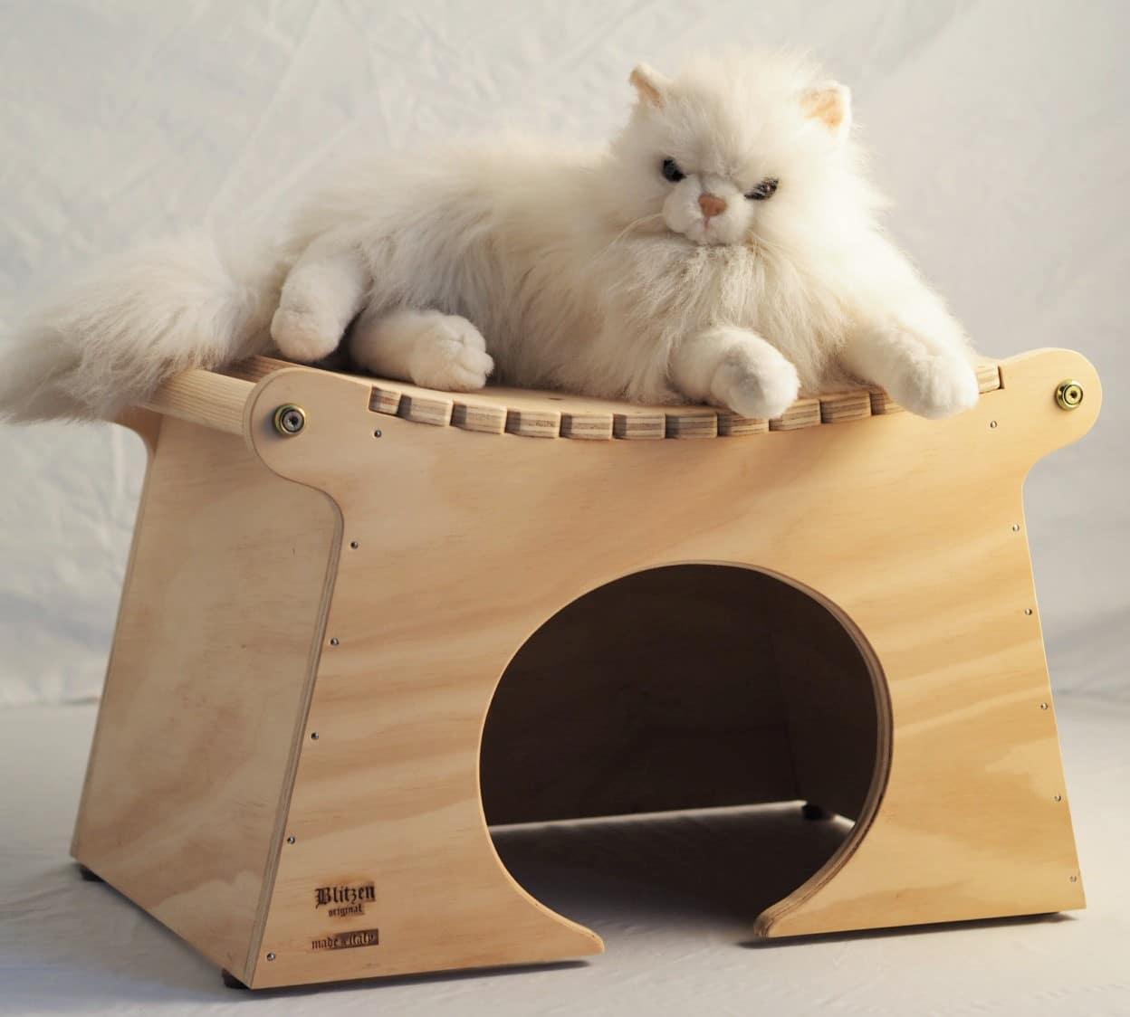 Cuccia per gatti da interno ed esterno in legno - Cuccia per gatti ikea ...