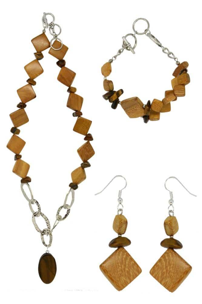 Set gioielli in legno dell'Alto Adige