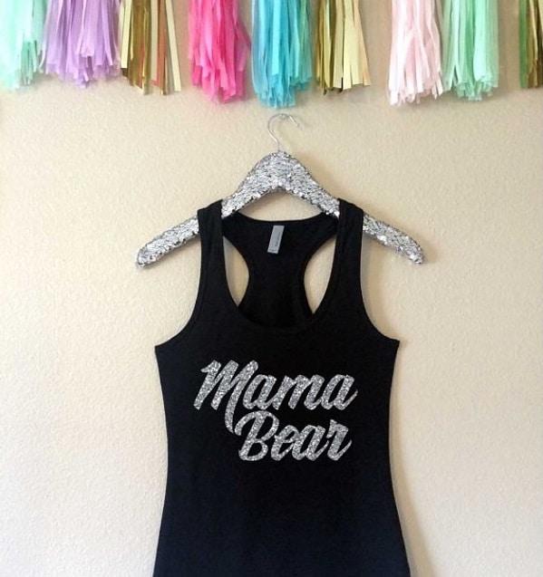 """Canottiera nera con scritta """"Mamma Bear"""""""