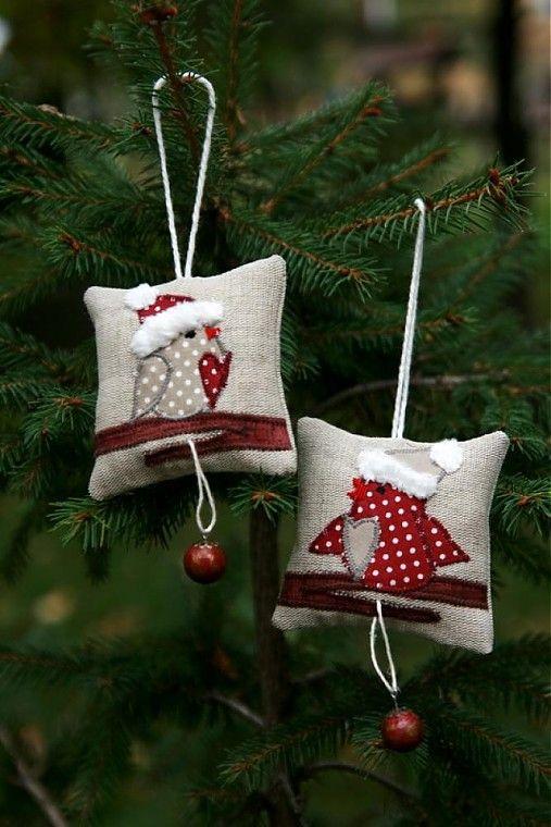 piccoli cuscini da appendere all'albero