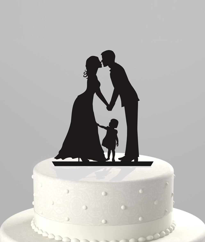 Cake topper con sagome degli sposi e della figlia