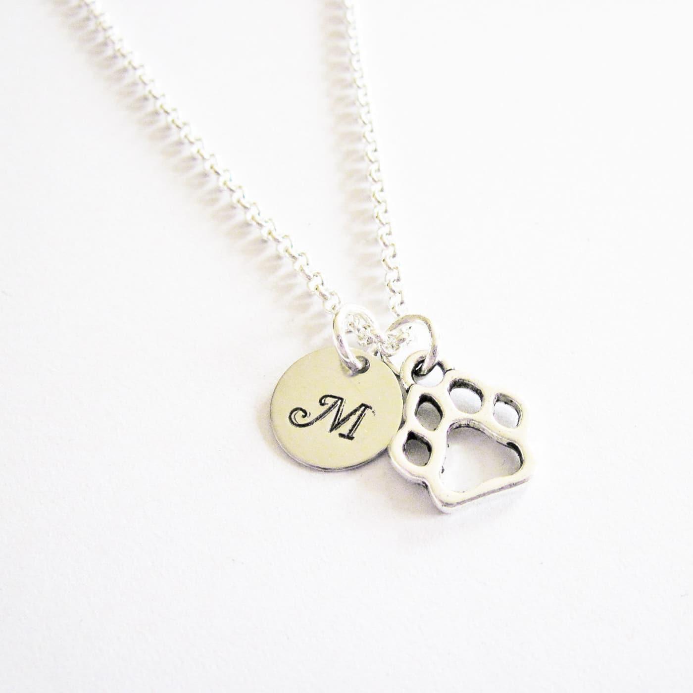 collana personalizzabile con pendente a forma di zampa di cane in metallo