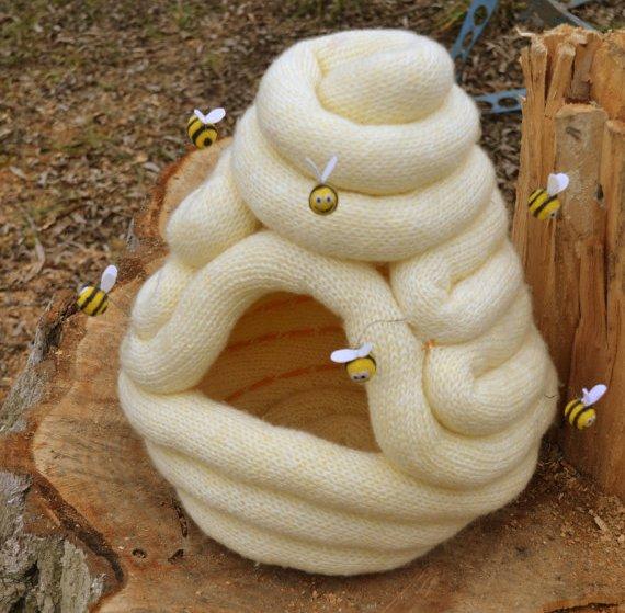 Cuccia per gatto a forma di alveare in lana