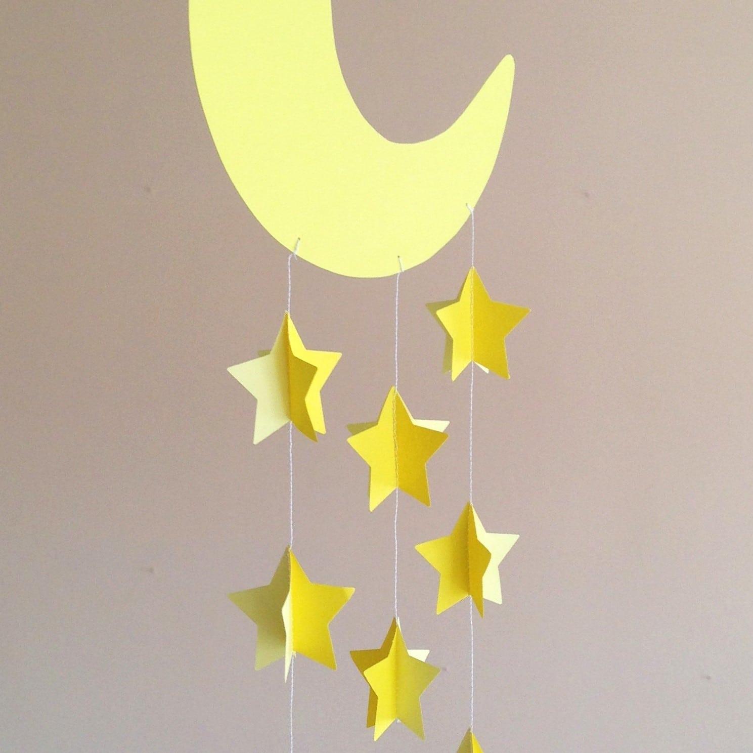 Decorazione da appendere per cameretta neonato con luna e for Decorazioni stanza neonato