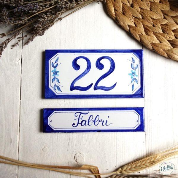 numero-civico-dipinto-a-mano-decorazione-blu