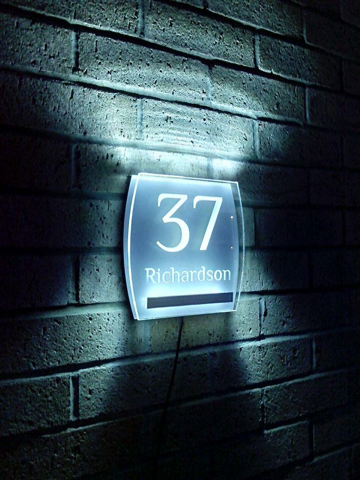 numero-civico-illuminato