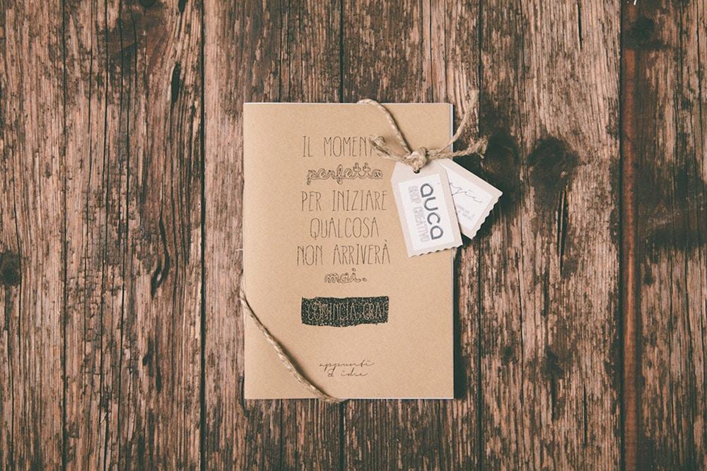 Quaderno con scritta