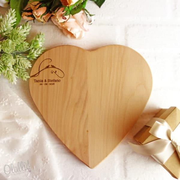 tagliere-personalizzato-cuore-uccellini-matrimonio