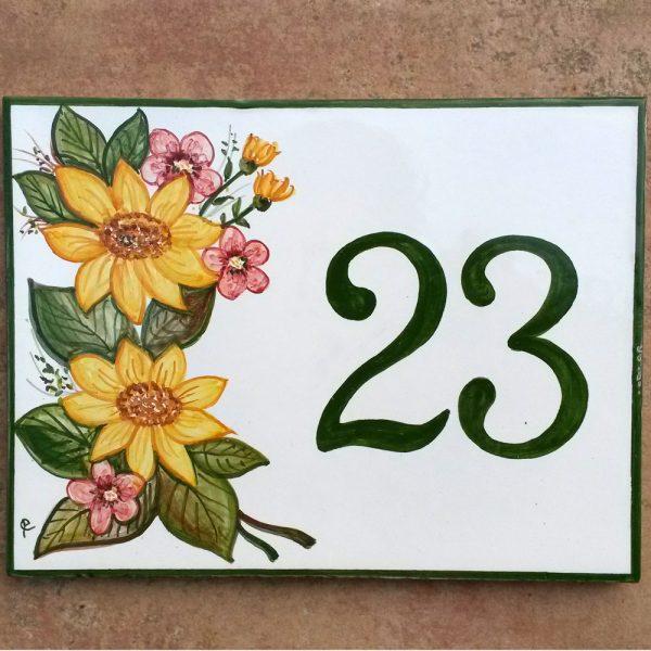 targa-floreale-numero-civico-verde