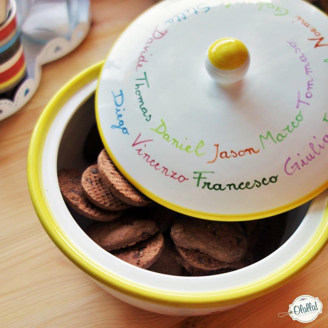 Biscottiera in ceramica personalizzata idea regalo per for Idea per regalo