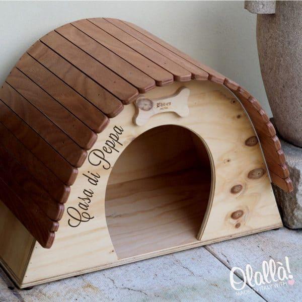 casetta-legno-cani-personalizzata-nome-dipinto