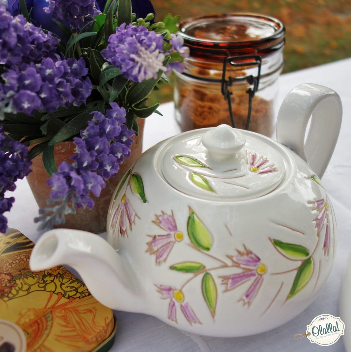 teiera-ceramica-dipinta-mano-made-in-italy-bianca-fiori-rosa-1