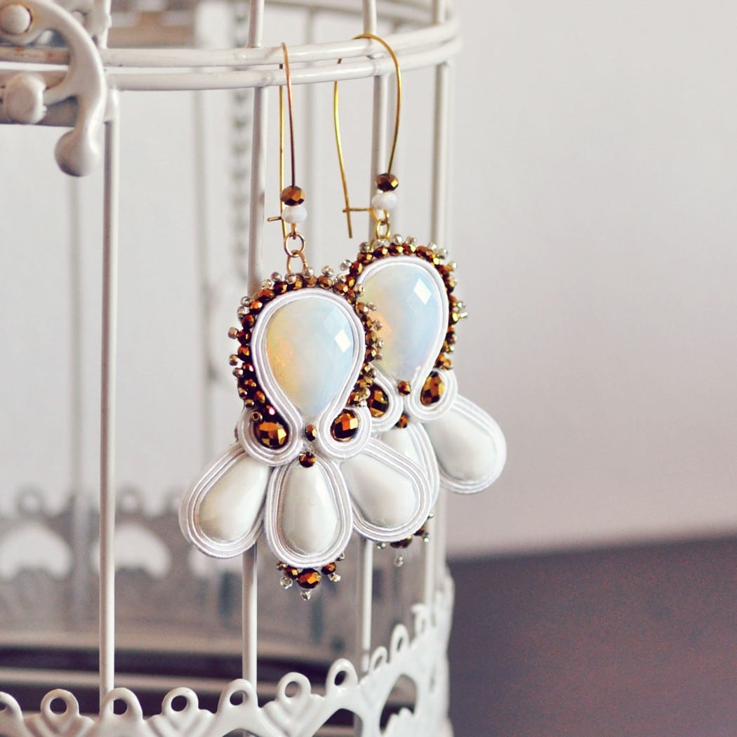 orecchini-soutache-pendenti-bianco-oro-31
