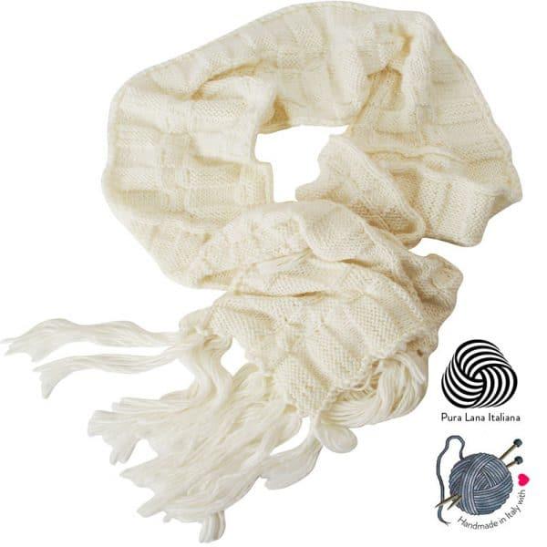 sciarpa-fatta-a-mano-lana-quadri-frange