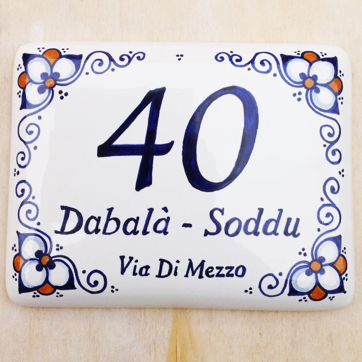 Numeri Civici In Ceramica.Numero Civico In Ceramica Personalizzabile Con Decoro Faenza Olalla