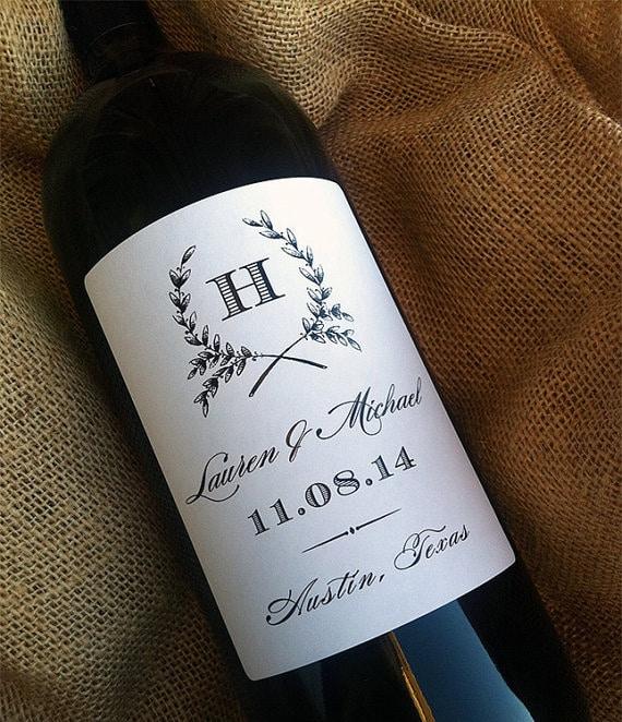 Molto Bottiglie di Vino con Etichette Personalizzate - Idea Bomboniera  DR34