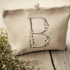 beauty-case-ricamato-personalizzato1w