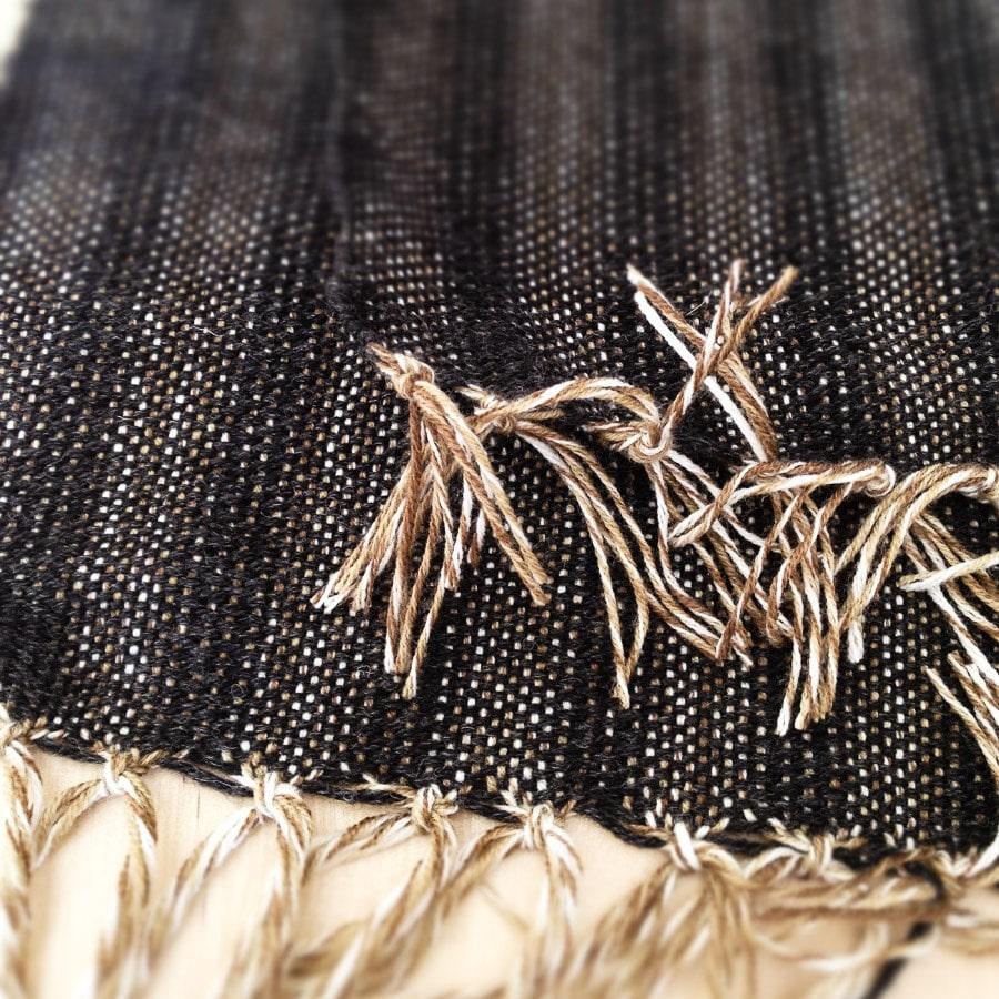 sciarpa-uomo-tessuta-mano-3