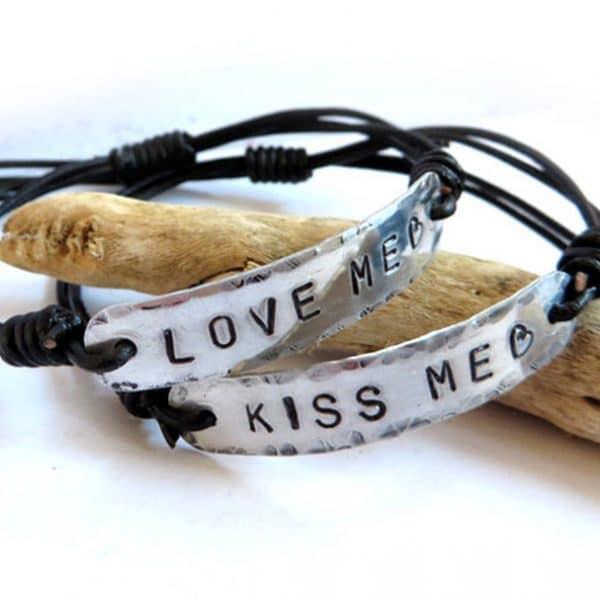 bracciali-personalizzati-scritta-incisa-mano2