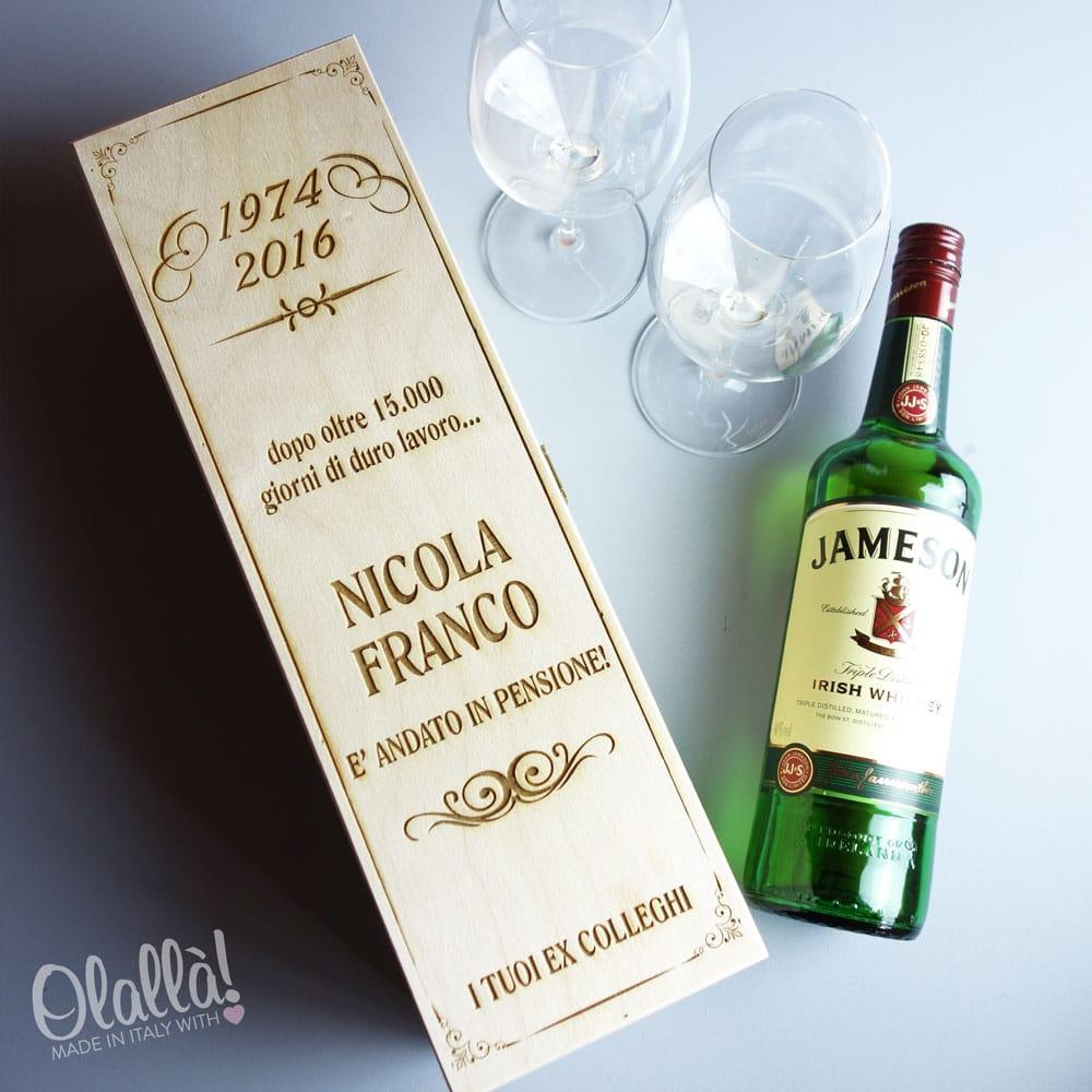 Auguri Matrimonio Vino : Cassettina porta vino in legno personalizzata idea regalo
