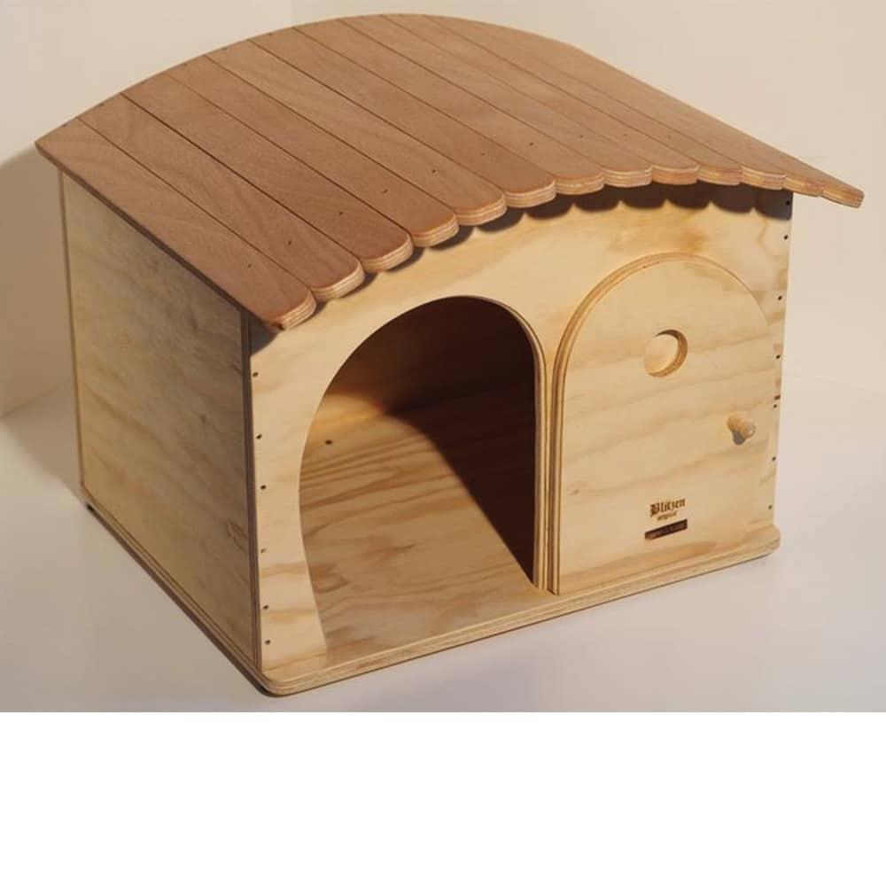 Cuccia di legno personalizzabile con il nome da esterno - Tiragraffi da esterno ...