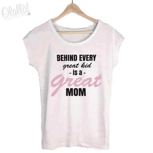t-shirt-personalizzata-dietro-ogni-grande-bambino-ce-grande-mamma
