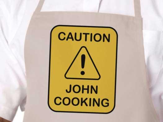 grembiuli divertenti attenti al cuoco