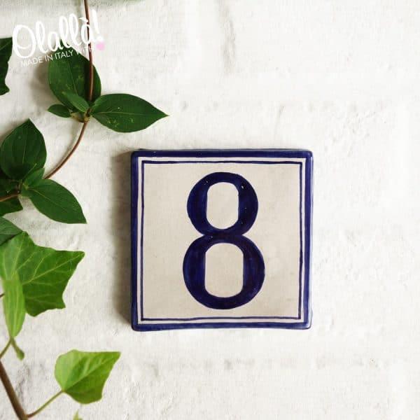 numero-civico-piccolo-quadrato-beige
