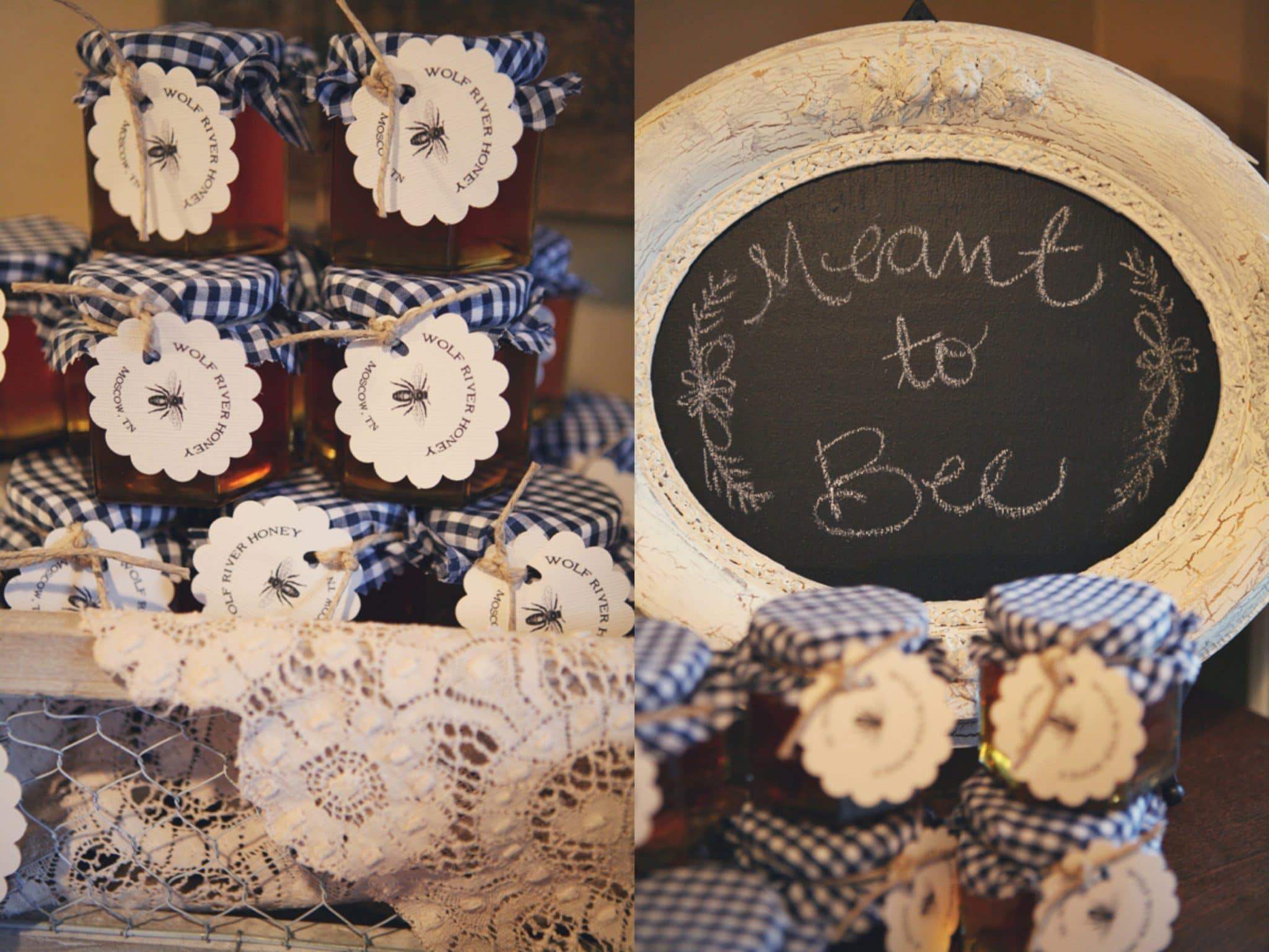 miele-bomboniera-matrimonio-rivestimento-tessuto-quadratini-tag-personalizzata