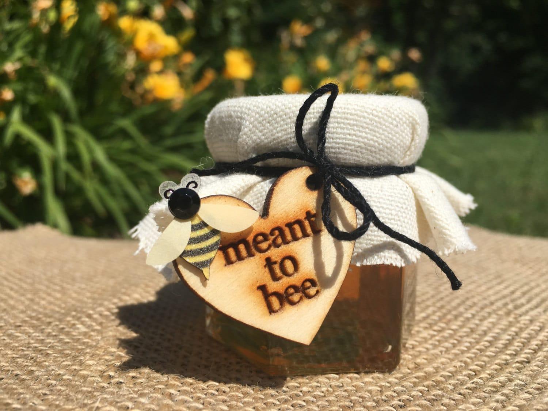 miele-bomboniera-matrimonio-tag-legno-inciso