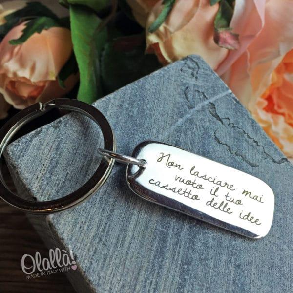 portachiavi-argento-personalizzato-idea-regalo-amico