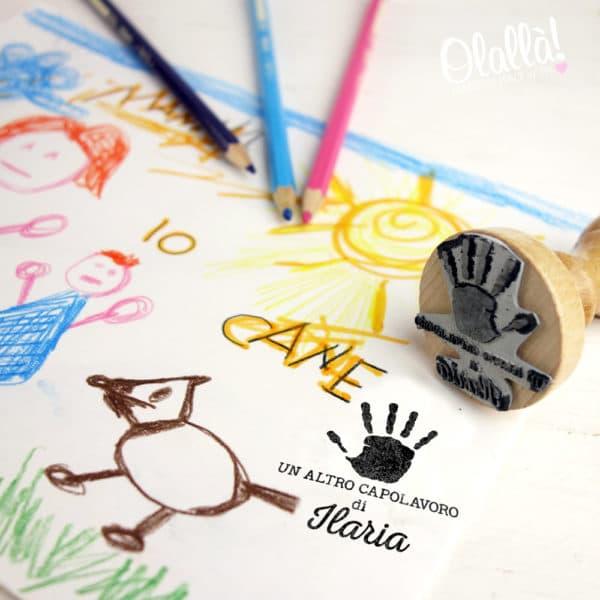 timbro-personalizzato-capolavoro-manina-bambini