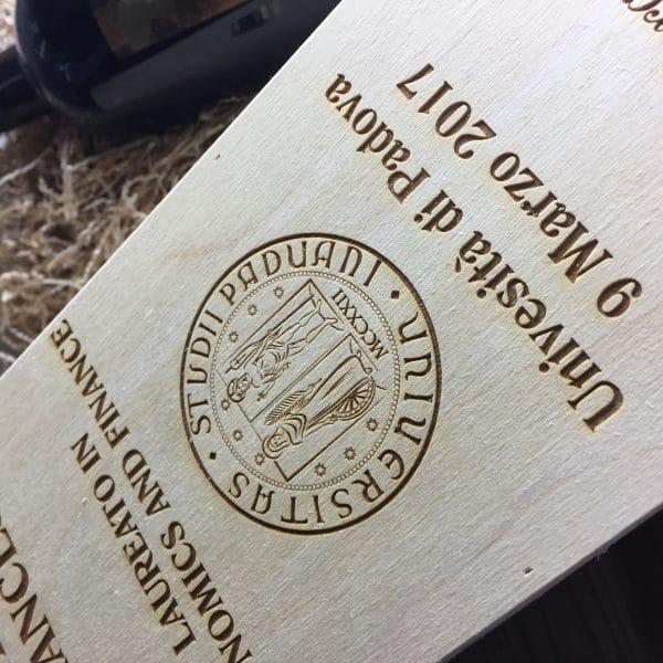 cassettina-vino-legno-personalizzata-laurea3