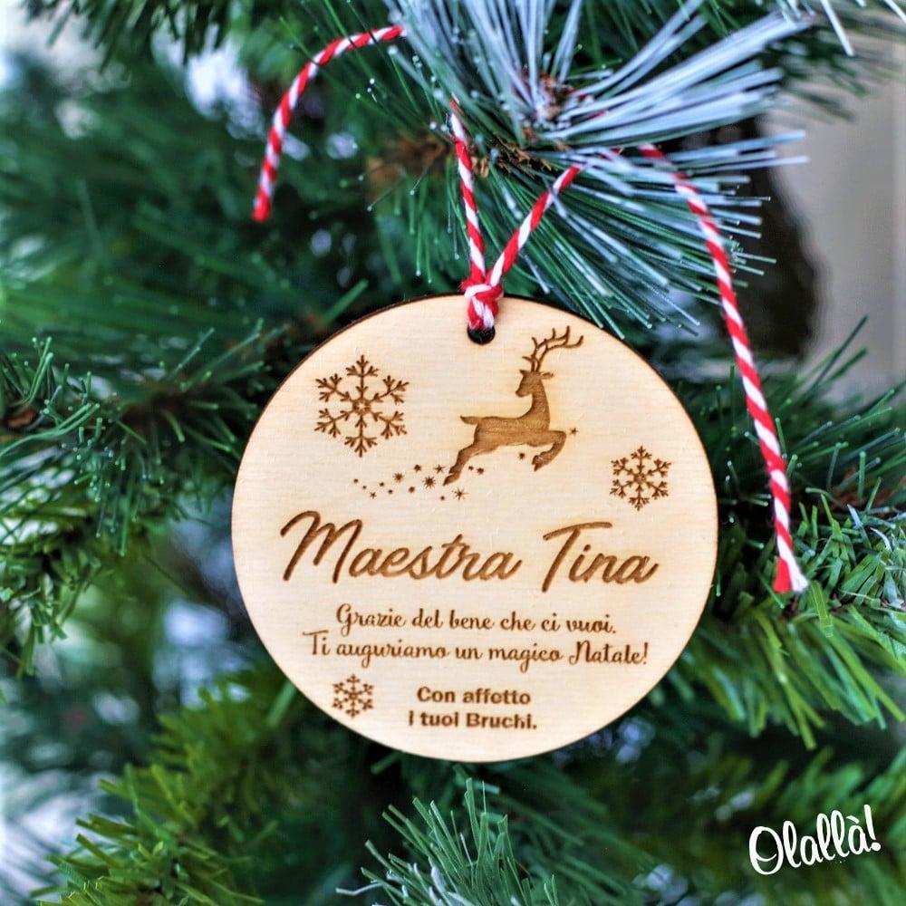 Frasi Di Natale A Forma Di Albero.Decorazione Di Legno Da Appendere All Albero Di Natale Personalizzata Per La Maestra Del Cuore Olalla