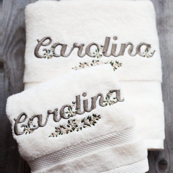 asciugamano-ricamato-nome-decoro-fiorellini2