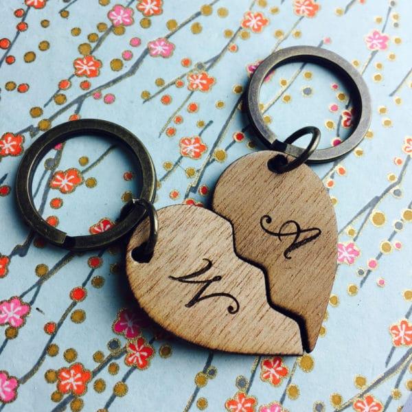 cuore-spezzato-legno-sanvalentino-anniversario