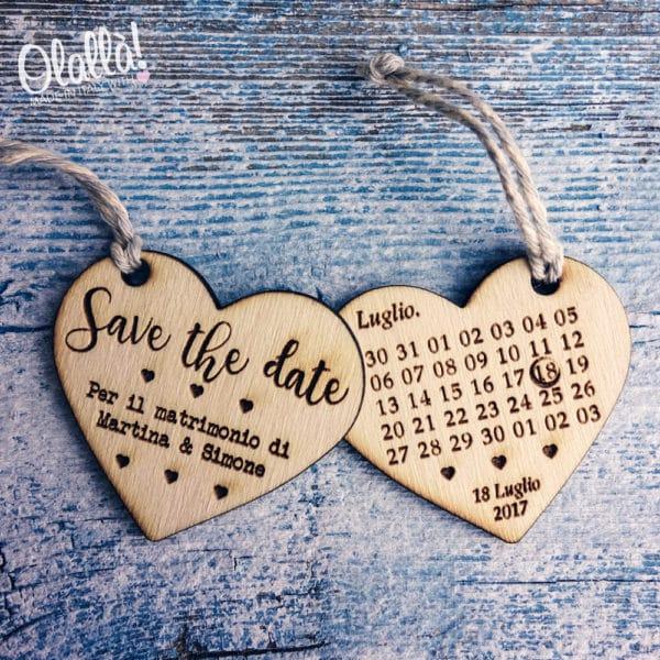 partecipazione-tag-legno-calendario-cuore2