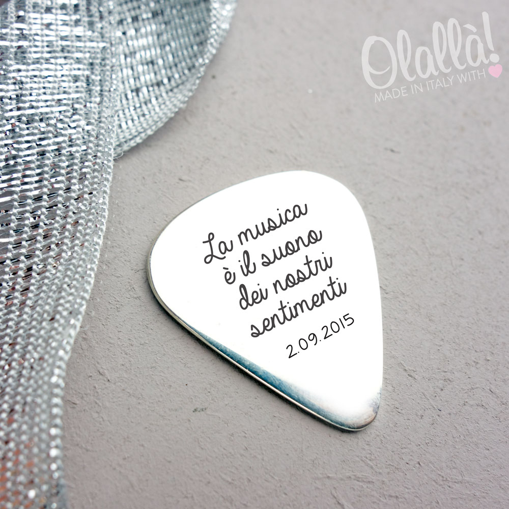 plettro-argento-personalizzato-incisione-musica-nostri-sentimenti