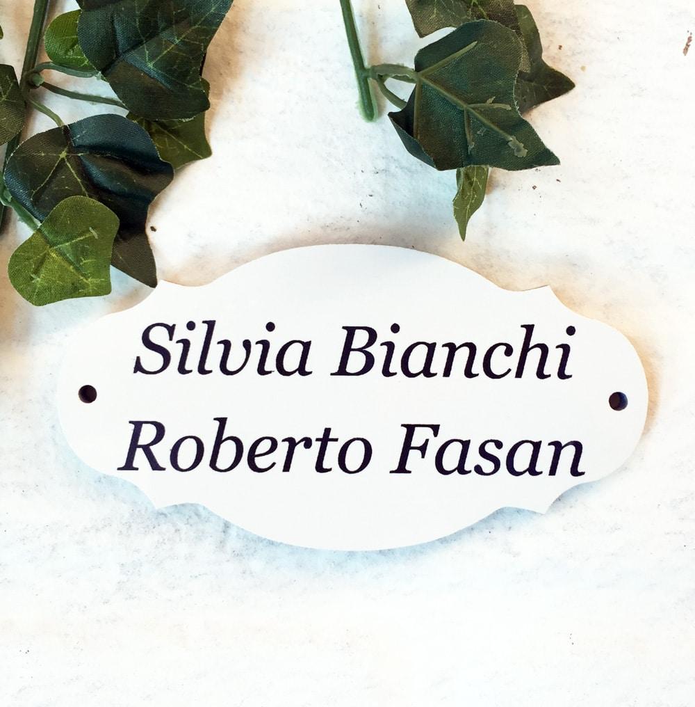 targa-ceramica-incisa-nome-di-famiglia