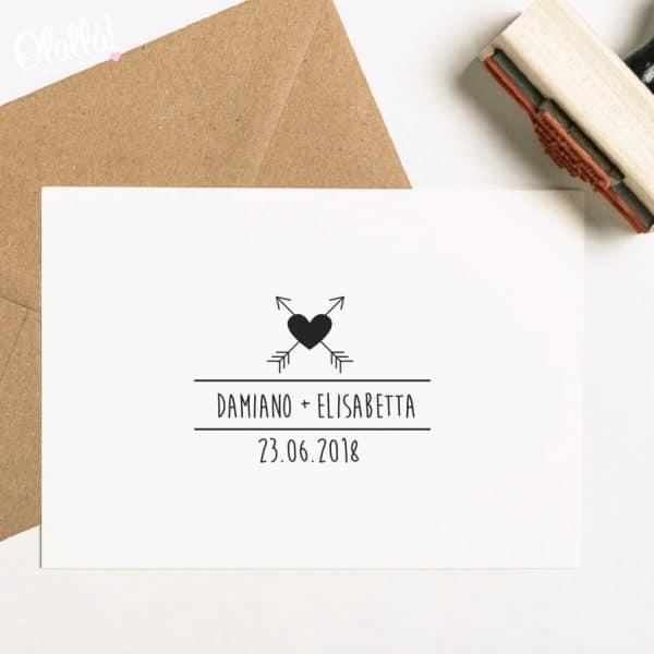 timbro-personalizzato-nomi-matrimonio-cuori-frecce
