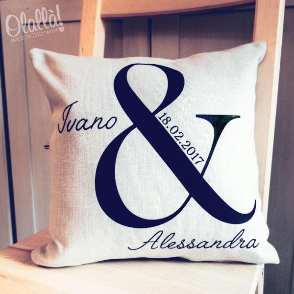cuscino-personalizzato-e-commerciale-nomi-data-matrimonio-anniversario