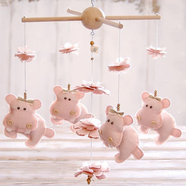 giostrina-ippopotamo-rosa-lino-nursery