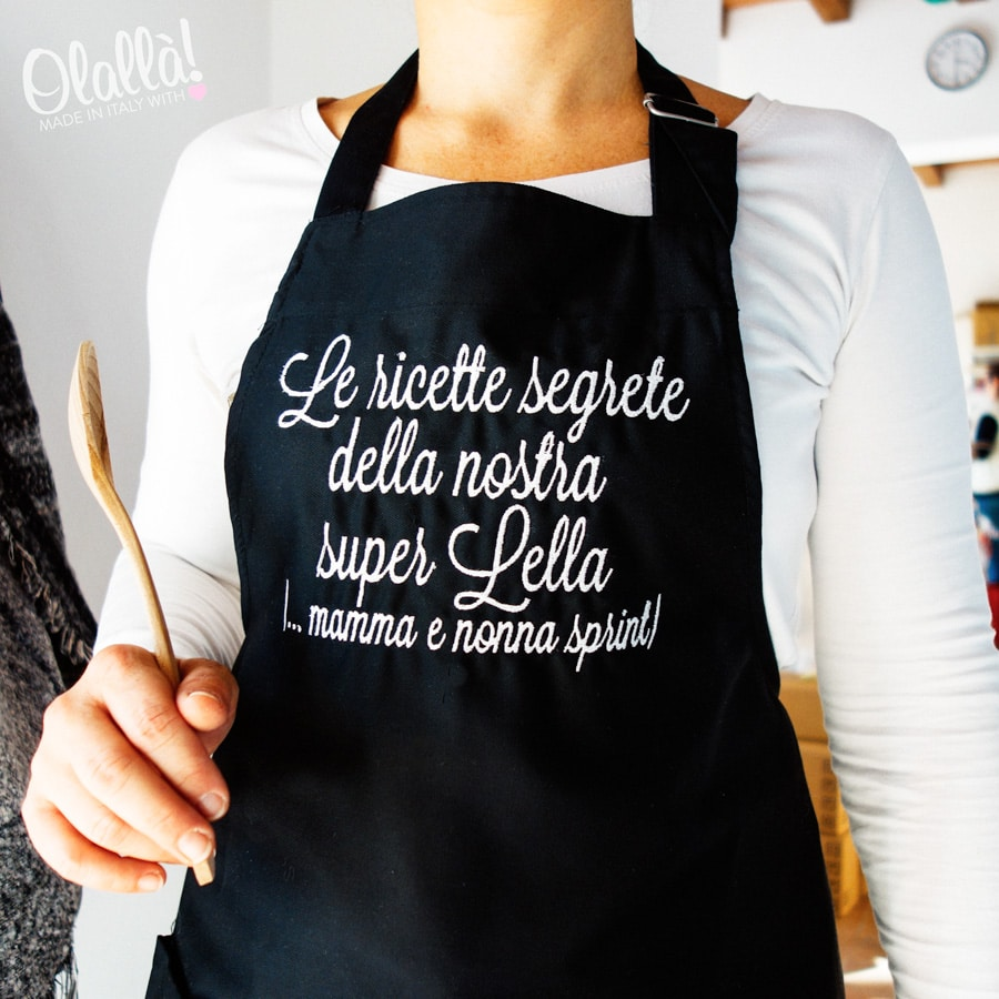Come Confezionare Un Grembiule Da Cucina.Grembiule Da Cucina Personalizzato Con Ricamo A Scelta Le Ricette Di Olalla