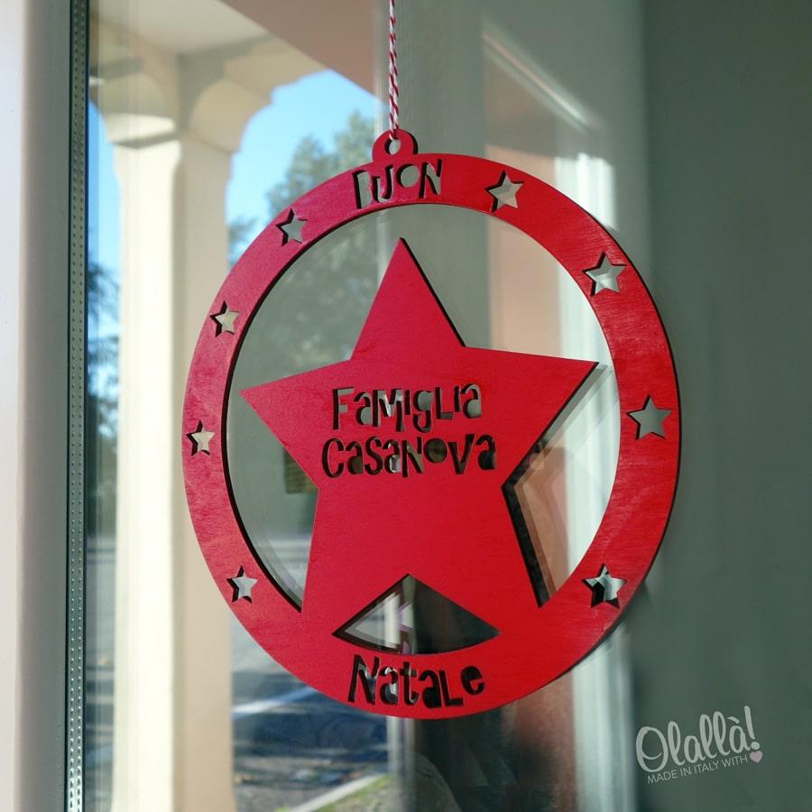Targhetta da porta personalizzata buon natale olalla - Corone natalizie da appendere alla porta ...