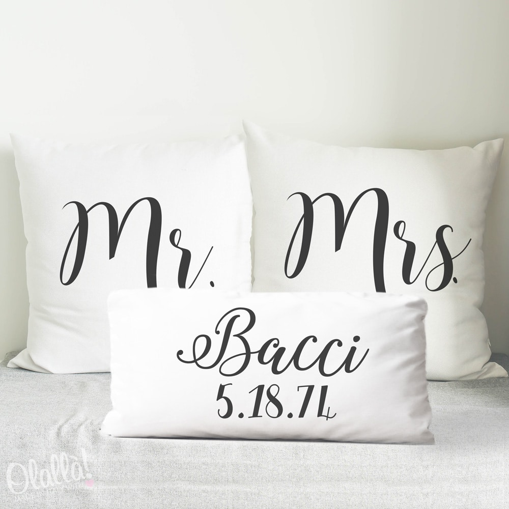 Cuscini Regalo.Cuscini Personalizzati Mr Mrs Con Cognome E Data Idea Regalo