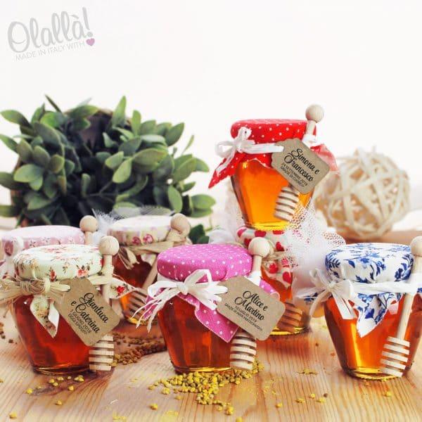 vasetti-miele-bomboniera-matrimonio-personalizzati-coprivasetti-fantasie-colorate